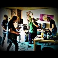 "Blinky's ""Strange Electro Pop Fstival"" rehearsal"